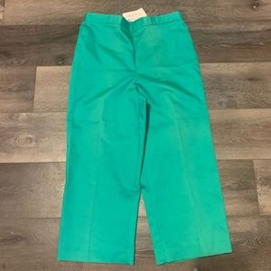 NEW WITH TAGS Alfred dunner Capri Pants